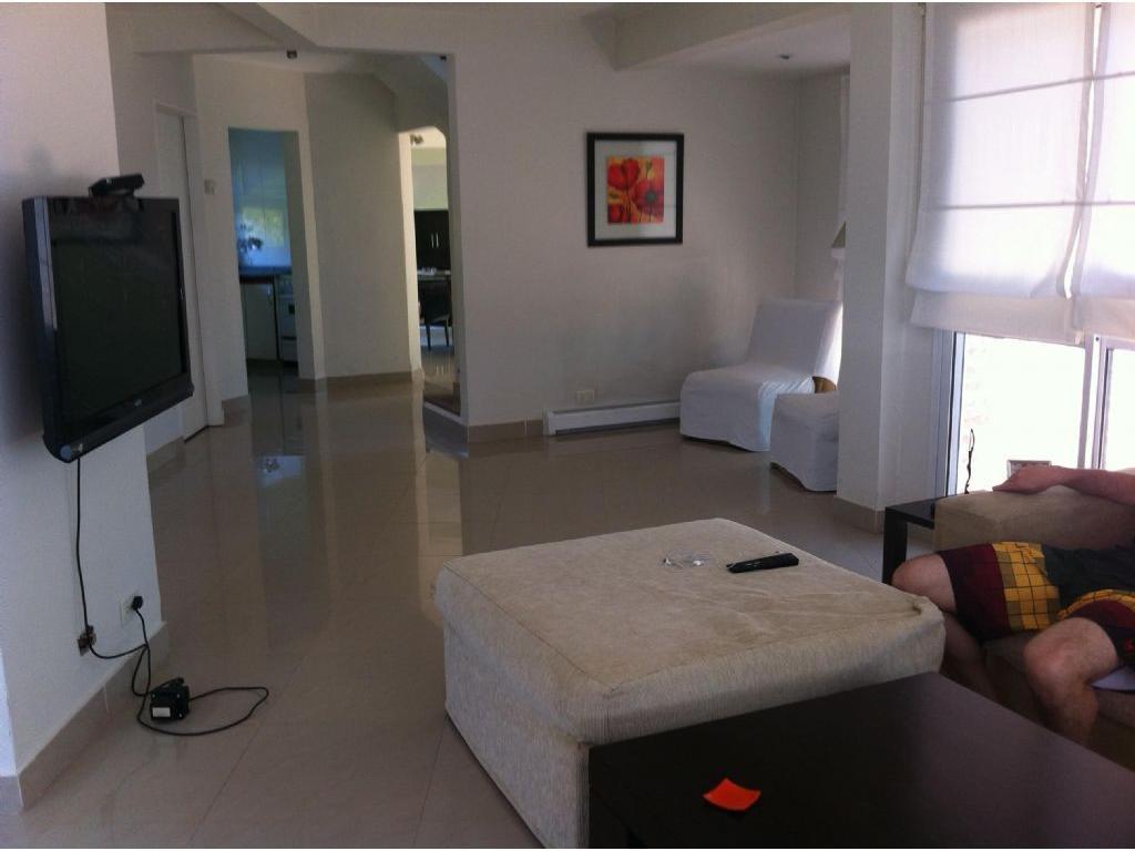 Casa  en Venta ubicado en C.C. Banco Provincia, Zona Oeste - OES0758_LP111604_1