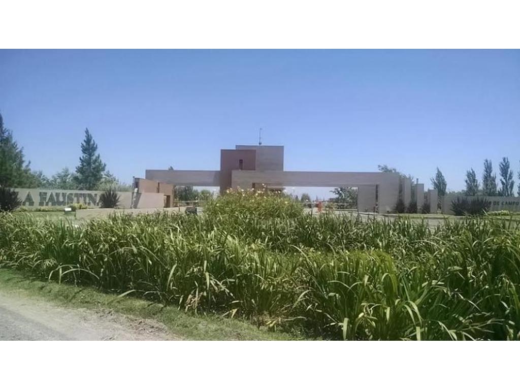 Club de Campo La Faustina (Ruta 2 Km 74)