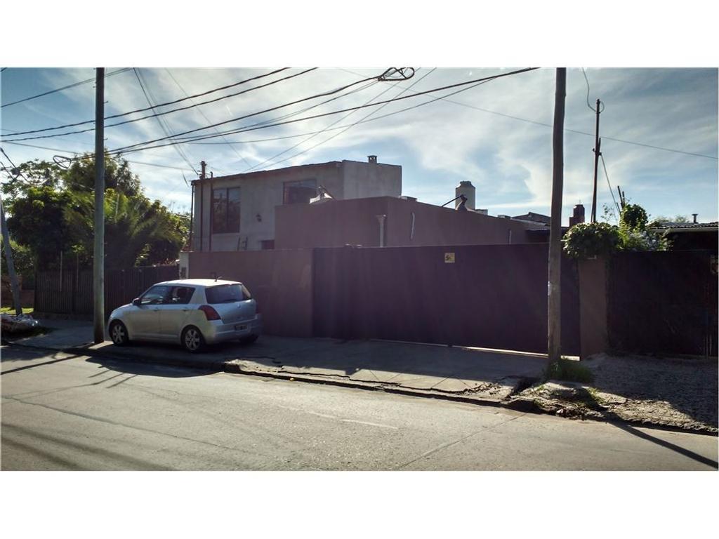 Galpón con oficinas - La Horqueta - San Isidro