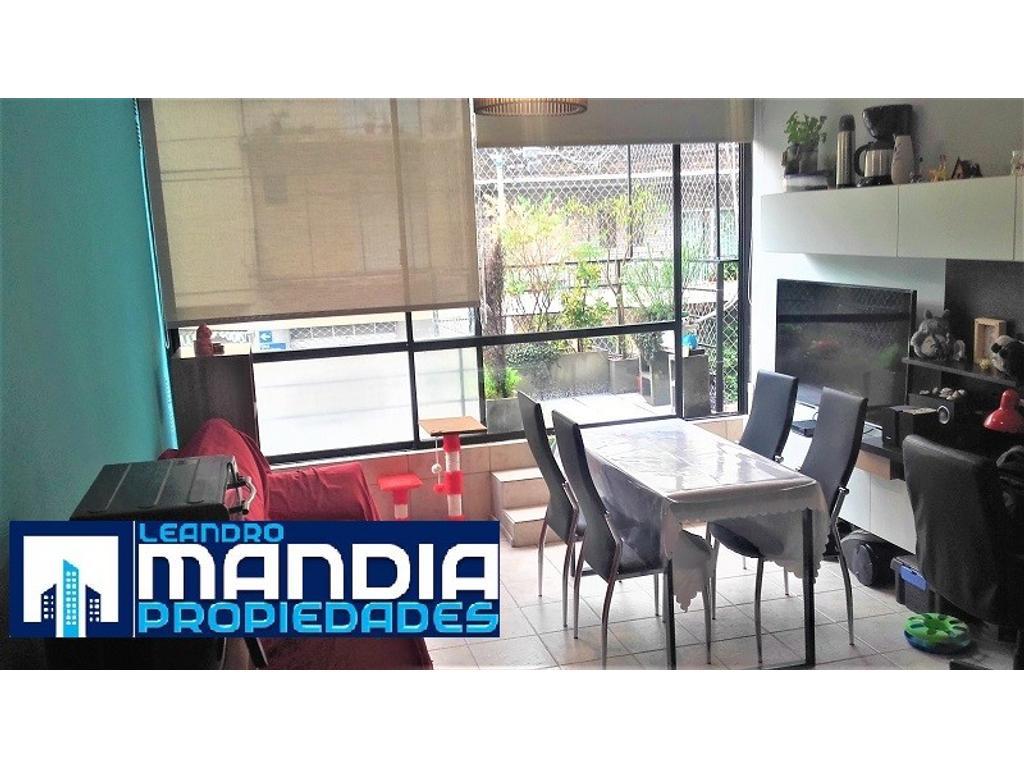 Muy buen Departamento | 2 Ambientes en Dúplex | Apto Crédito | Balcón a la calle