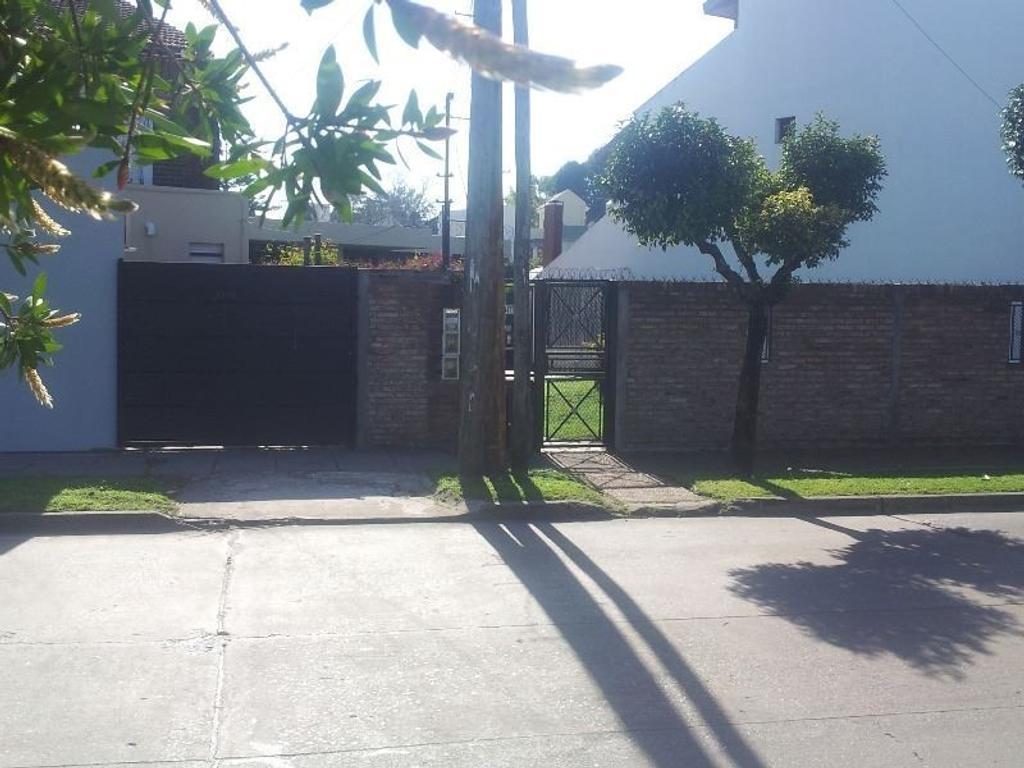 Casa en venta en arenales a metros de la plaza alem 3400 for Jardin belen villa ballester