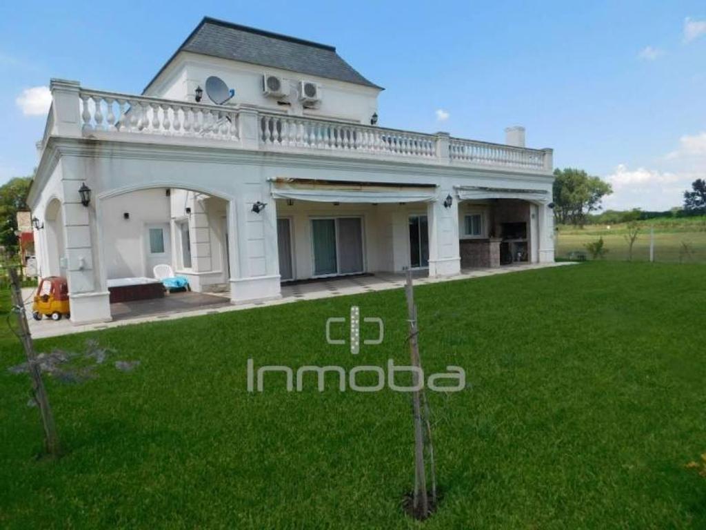 Inmoba - Prados del Oeste: Casa en Venta CON RENTA