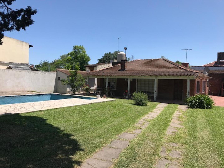 Casa en De Vicenzo Grande con 3 habitaciones