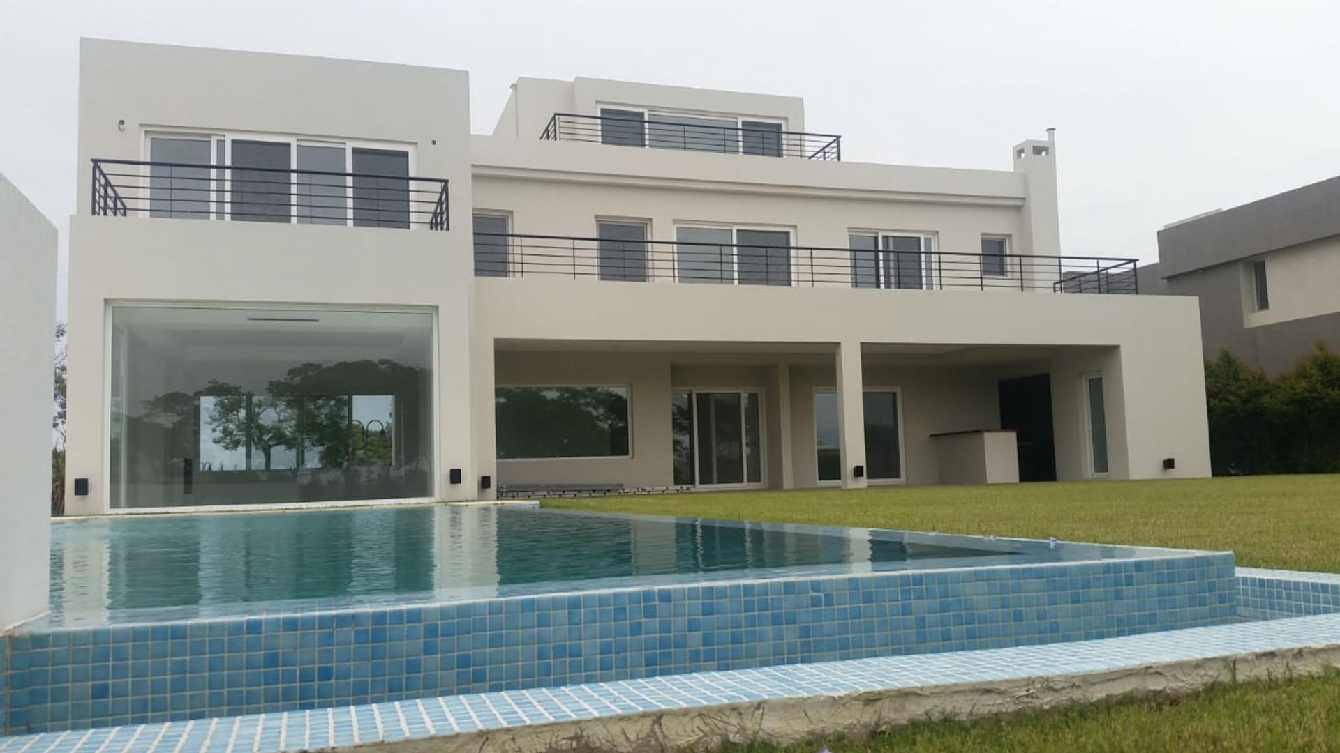 Casa en Venta en Nordelta El Golf - 5 ambientes