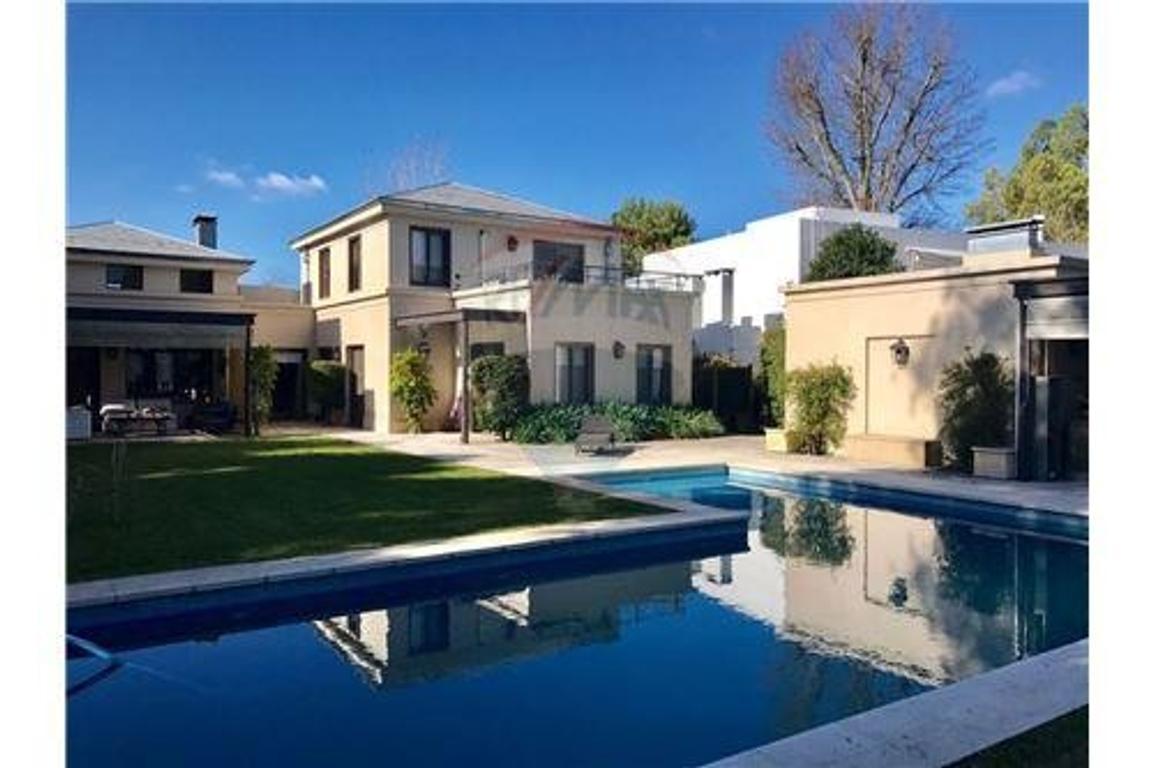 Casa en alquiler en alquiler country abril 10 abril club for Casas de campo en alquiler