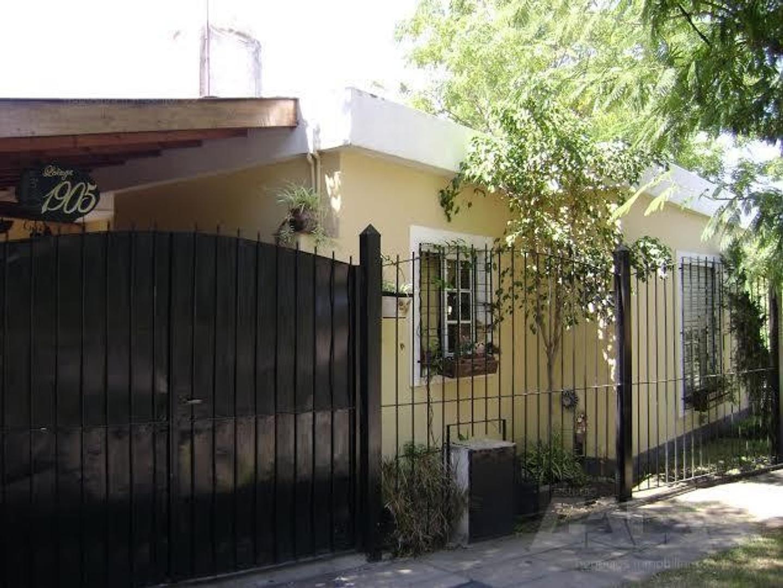 Casa en PH de 3 ambientes en muy linda zona de Castelar Norte