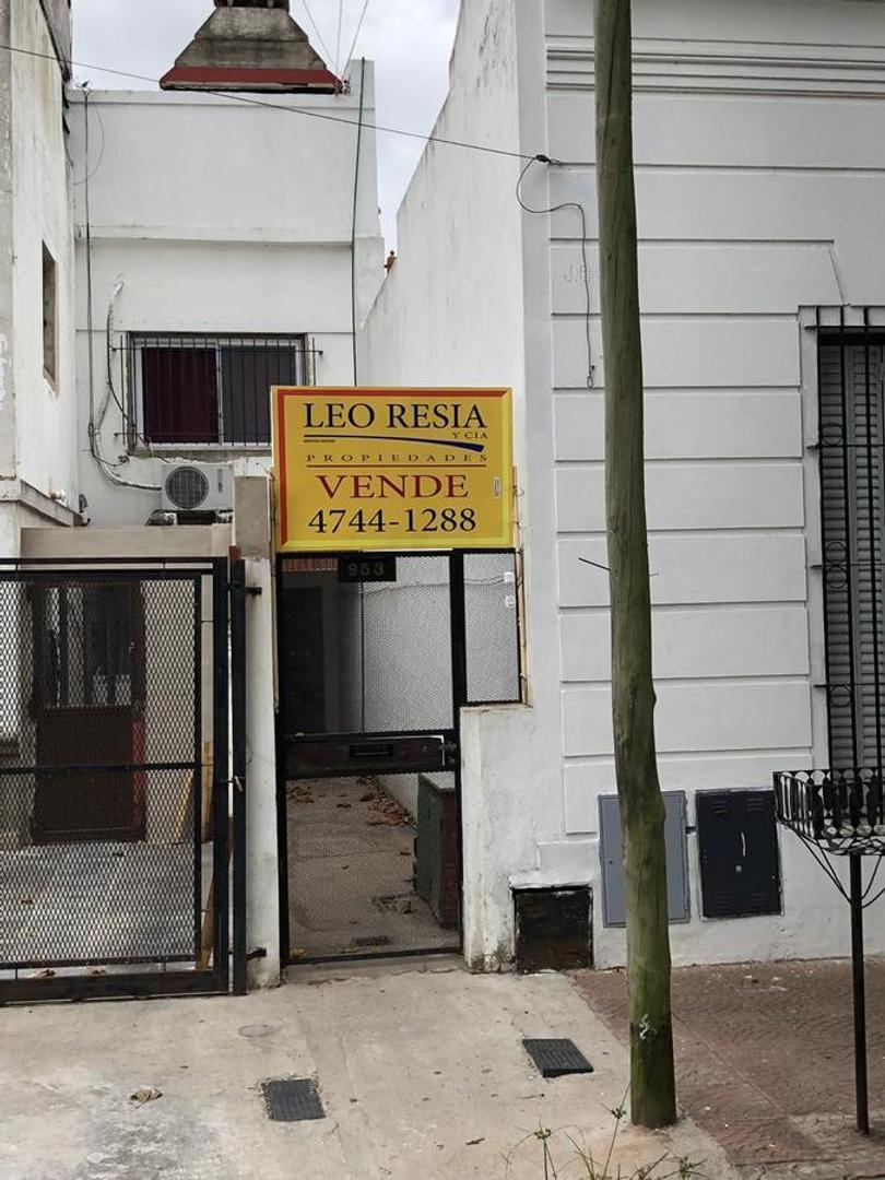 Casa en Venta en San Fernando Vias  /  Libertador a Rio - 3 ambientes
