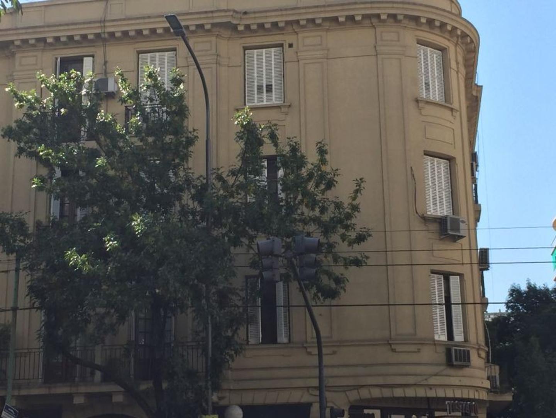 XINTEL(BNA-BNA-130) Muy lindo 4 ambientes en antiguo edificio de Belgrano!!