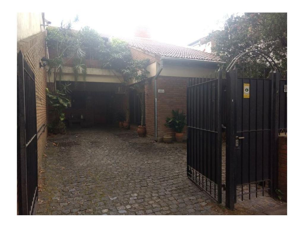 Excelente casa en venta en Vicente Lopez