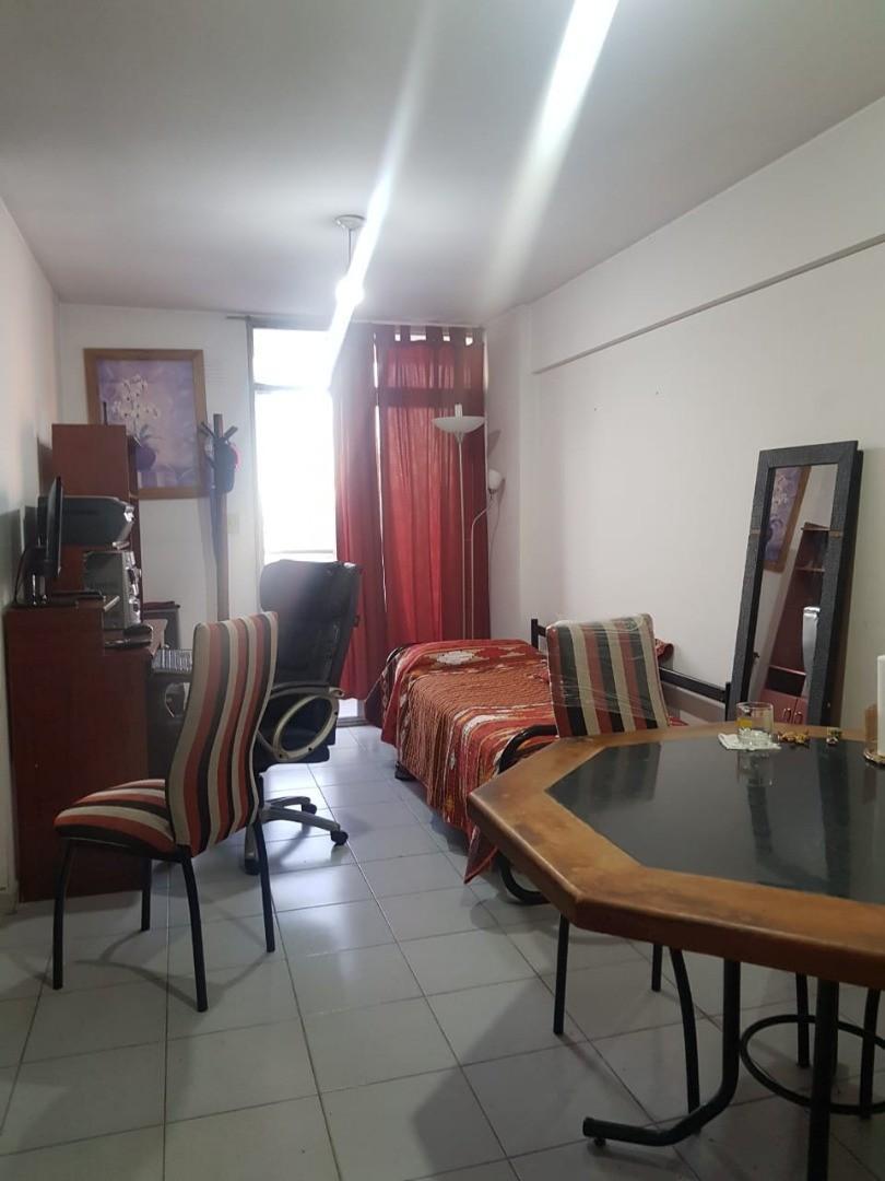 Departamento en Venta en Alberdi - 3 ambientes