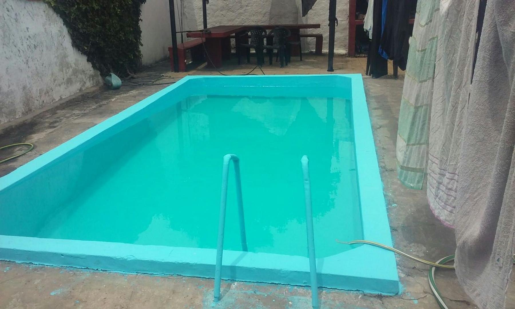 *VENTA Casa 5 AMB Con Pileta y Parque en Lomas de Zamora: Excelente ubicación APTO CREDITO