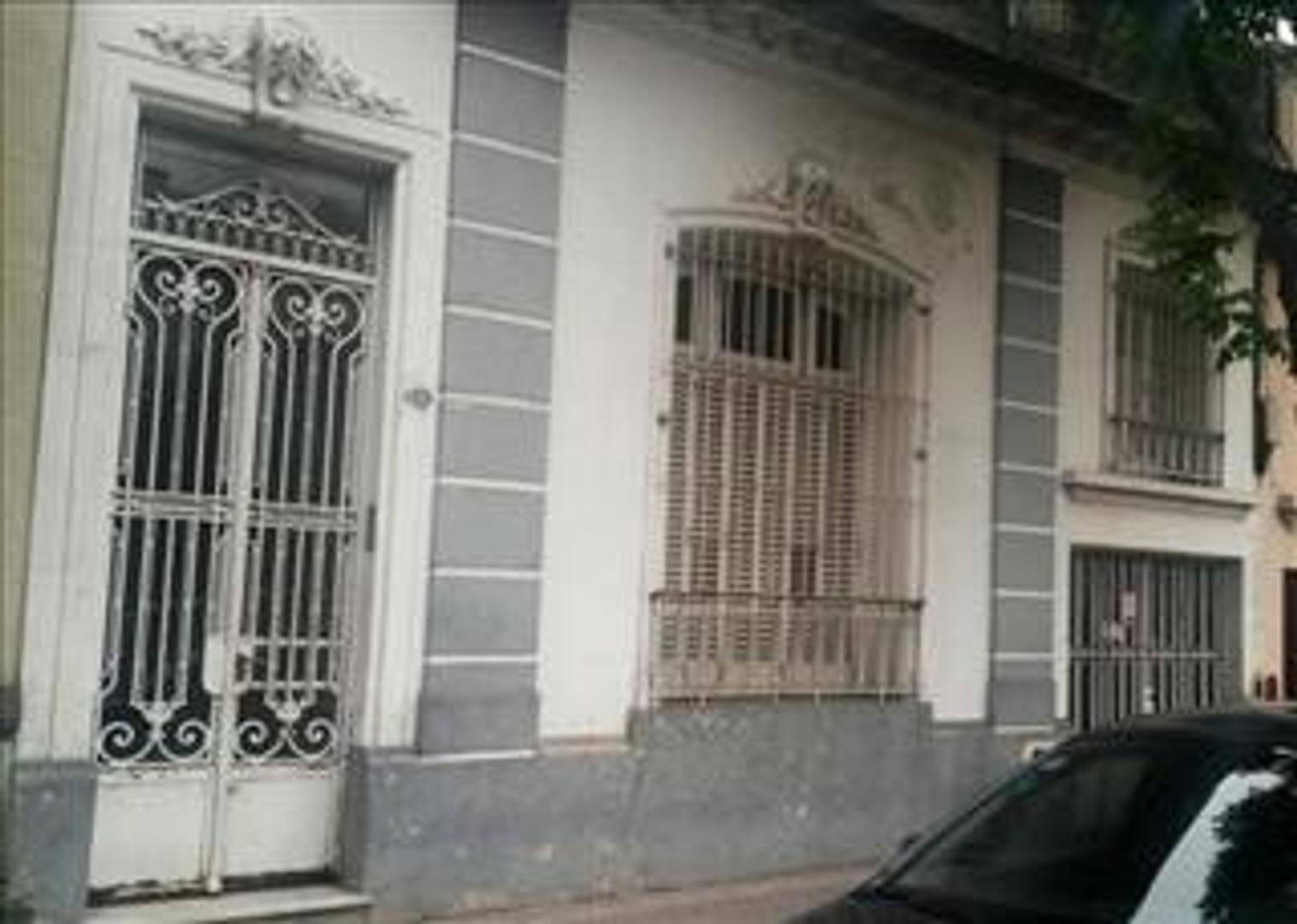 Casa antigua 6amb