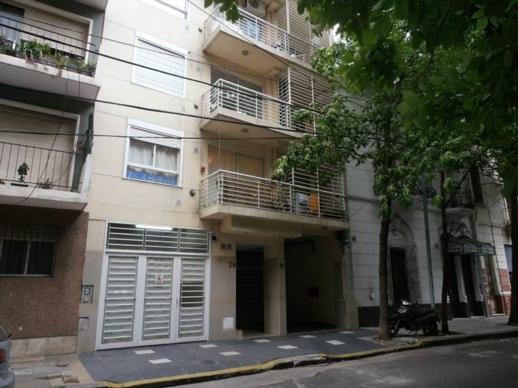 Venta  duplex 3 ambientes al frente en Caballito (Fragata Sarmiento al 20)