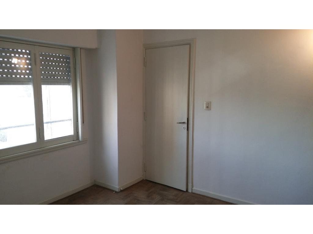 1 amb. 32 m2 Jonte y Caracas. Dueño directo. Super luminoso 6 piso u$s 72000. Esc. ofertas