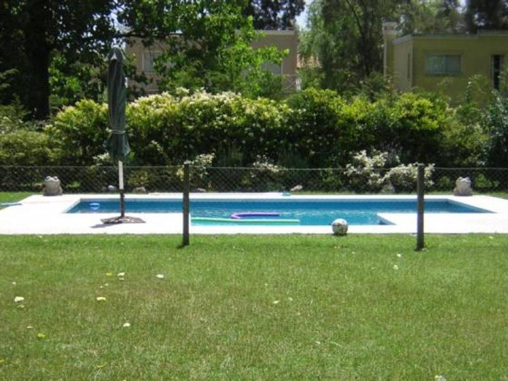 Vallier- Casa en Venta en El Molino, Pilar