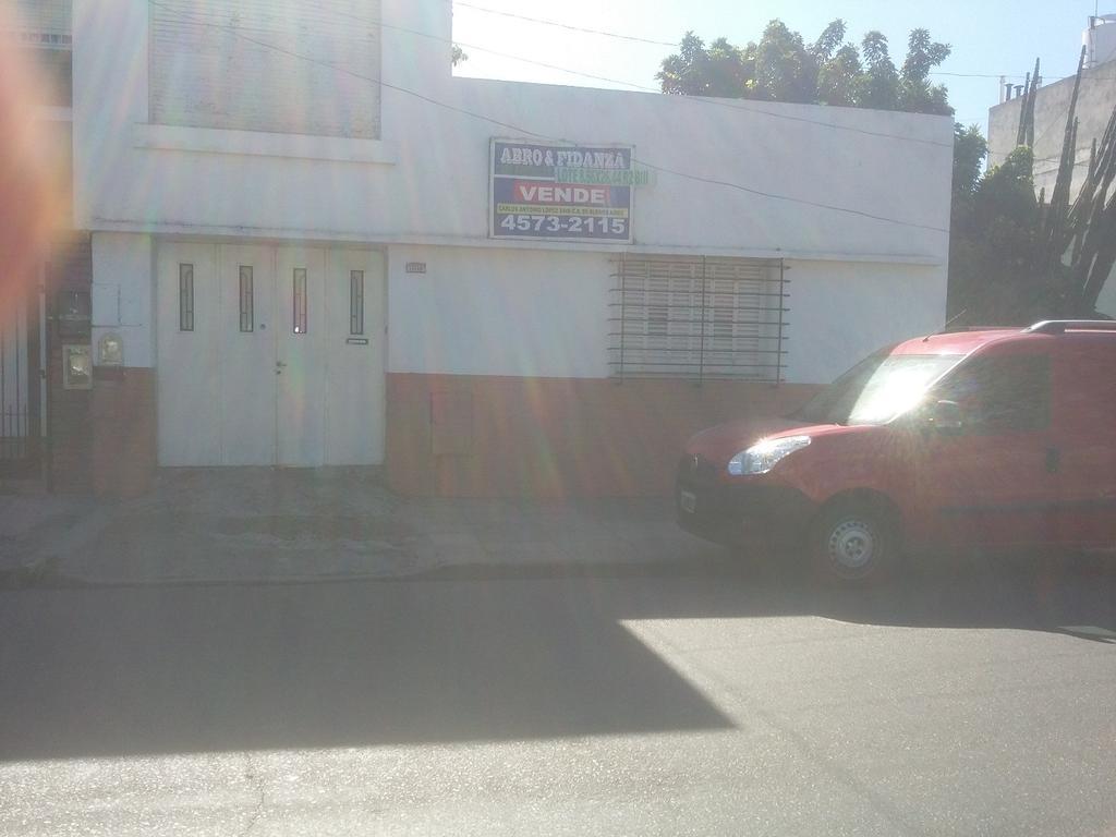 TERRENO CON CONSTRUCCION-INFORMES 4573-2115