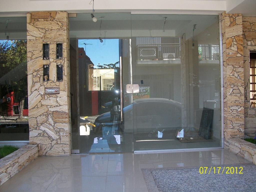 DEPARTAMENTO EN ALQUILER 2 AMBIENTES CON COCHERA, SAN FERNANDO.