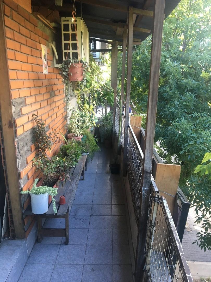Casa en Venta en Floresta - 8 ambientes