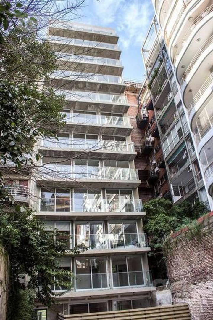 Semipiso 2 ambientes, Balcón Terraza. - Las Cañitas - Frente a  Campo de polo