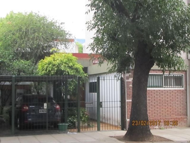 Casa 4 Amb Calfucura 2870, Villa Del Parque