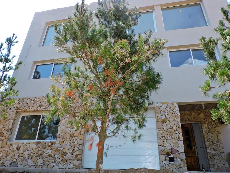 Casa Costa Esmeralda Exclusivo Barrio Privado a metros del mar