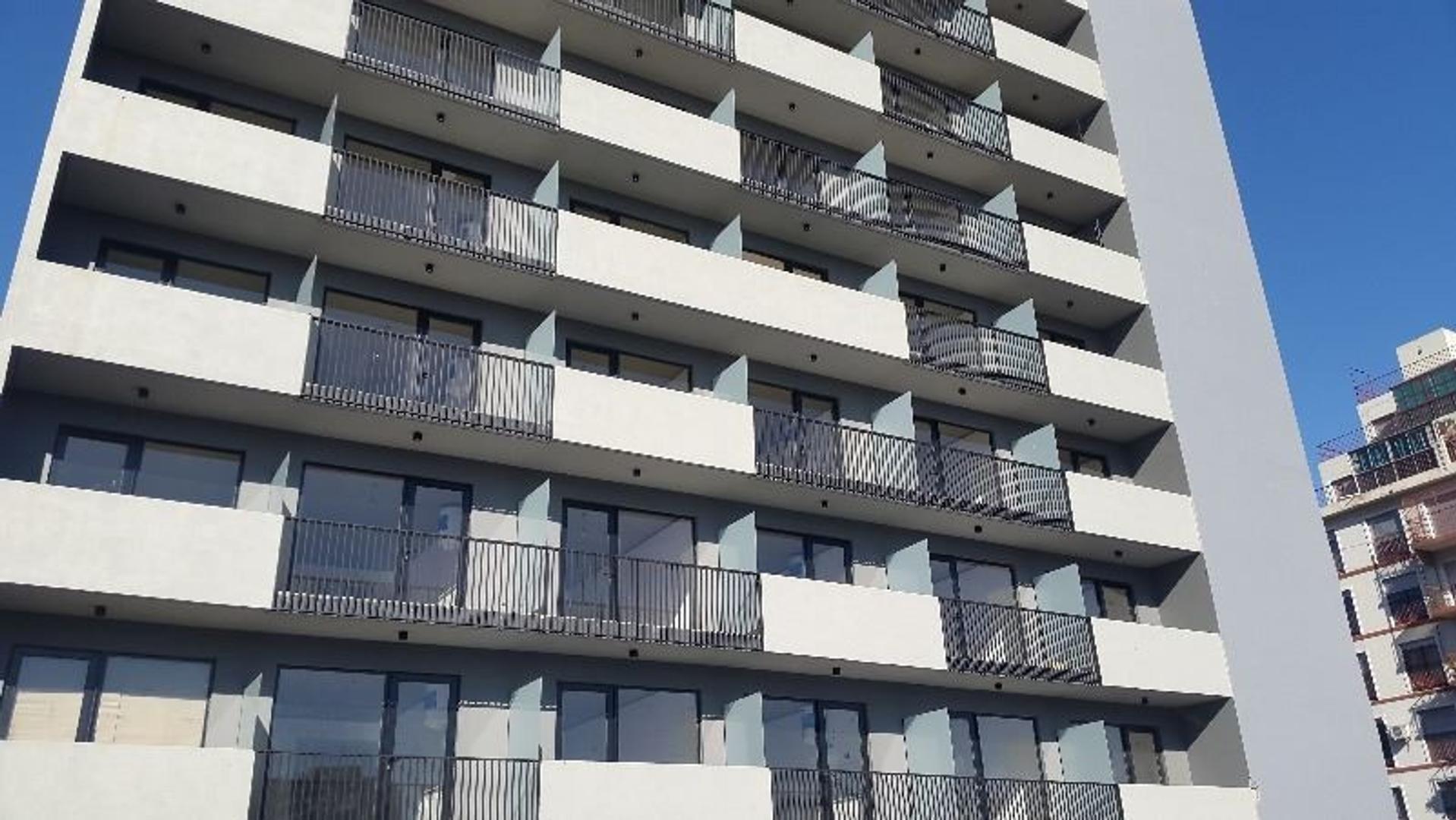 Excelente monoambiente en edificio premiun