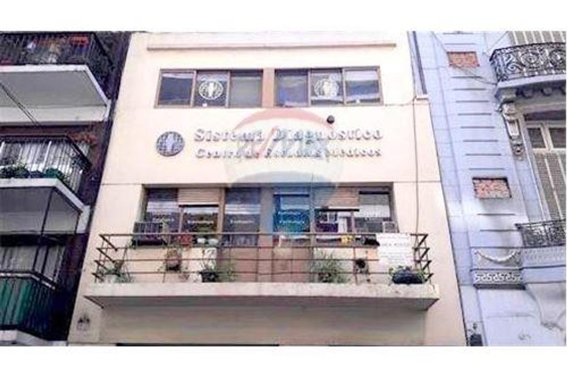 Centro Médico PB + PA y Archivo Ascensor