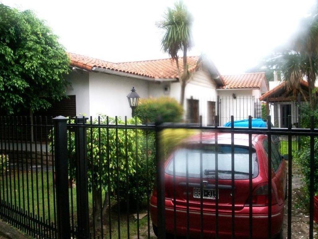 Casa en venta en de los pensamientos 2635 ciudad jardin for Casas en ciudad jardin el palomar