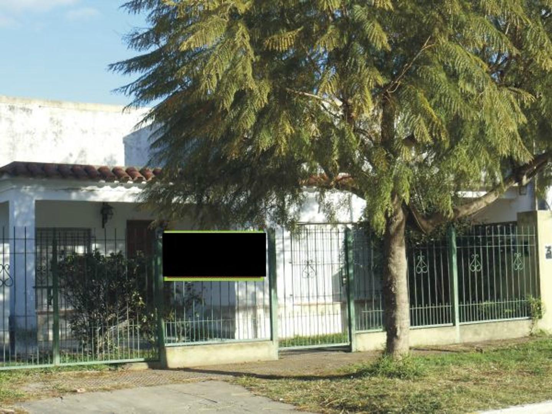 Rawson 132 e/ Bolivar y Paso, San Vicente