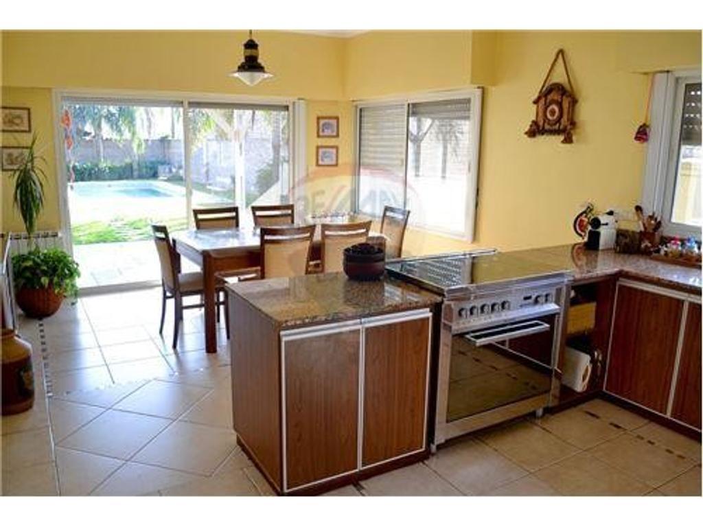 Casa En Venta En Juan Jose Paso 8700 Fisherton Buscainmueble # Muebles Fisherton
