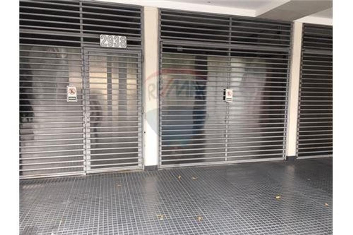 COCHERA EN VENTA- BAJAS EXPENSAS.