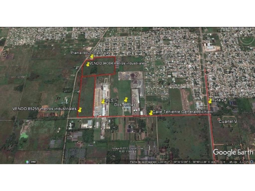 82555  mts indus a U$S 14 el metro + 94384 metros a U$S 6 el metro venta conj o sep Calle Richieri