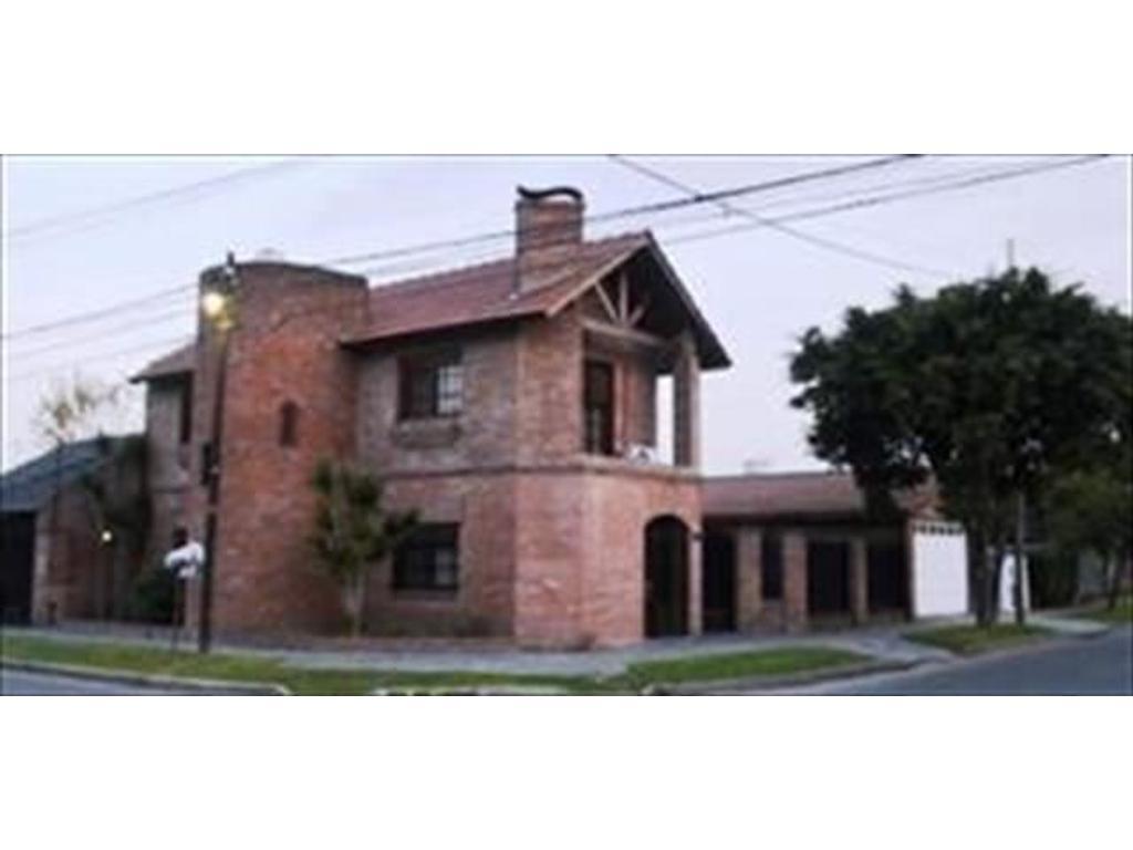 Casa en venta en roldan 1320 villa ballester buscainmueble for Jardin belen villa ballester