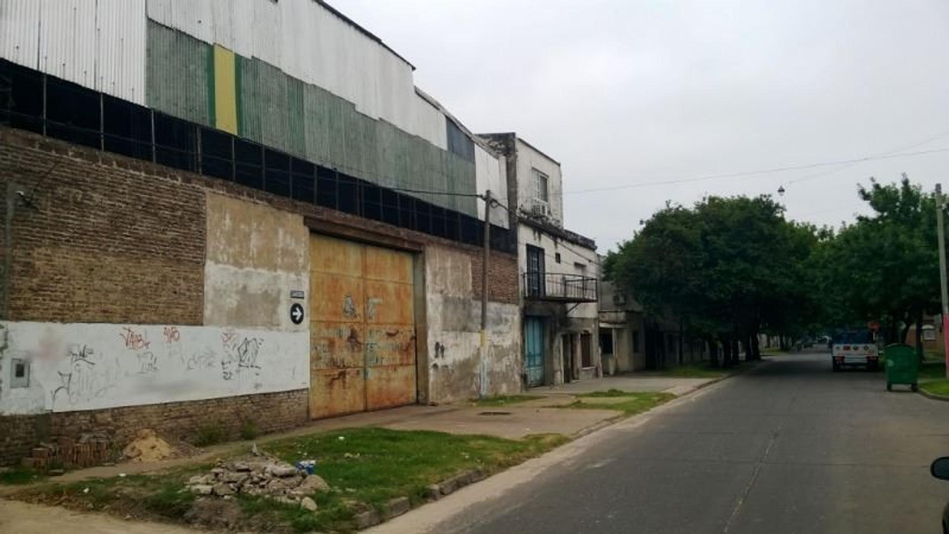 Galpón / Depósito. 988 m². En venta. Rosario.