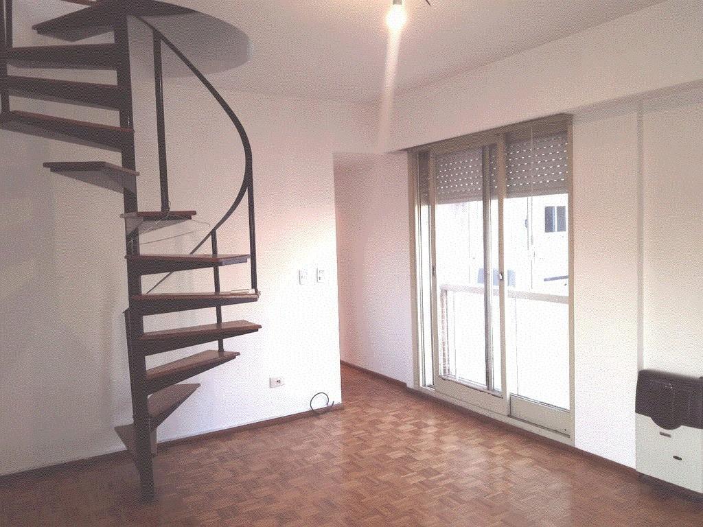 60 m2  Duplex Apto Profesional  Excelente Ubicación  Contrafrente