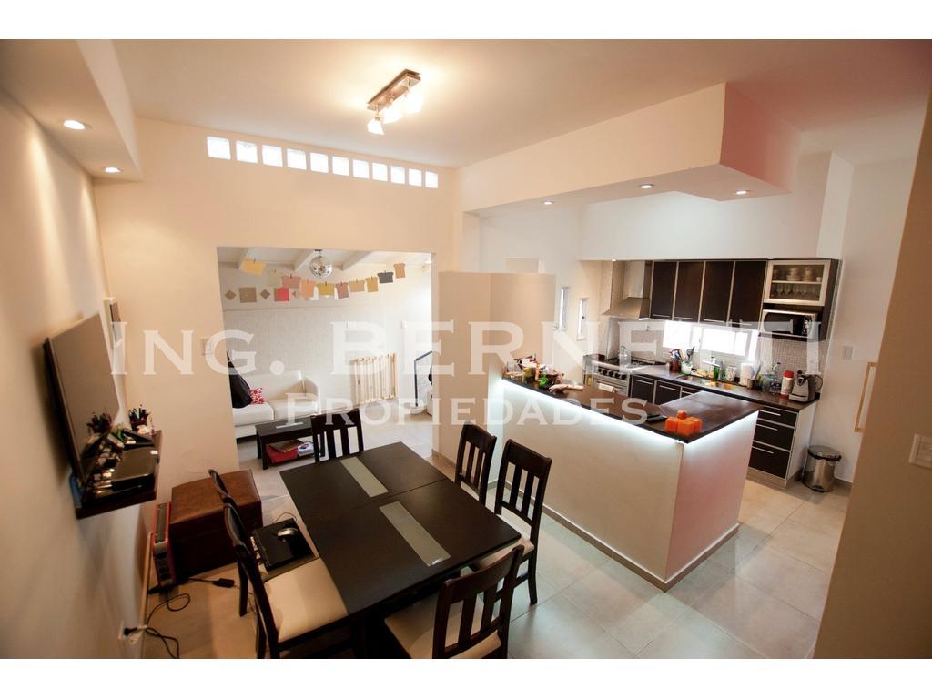 - RESERVADO - Tipo Casa 3 amb - Primer Piso - Patio y Terraza - Excelente
