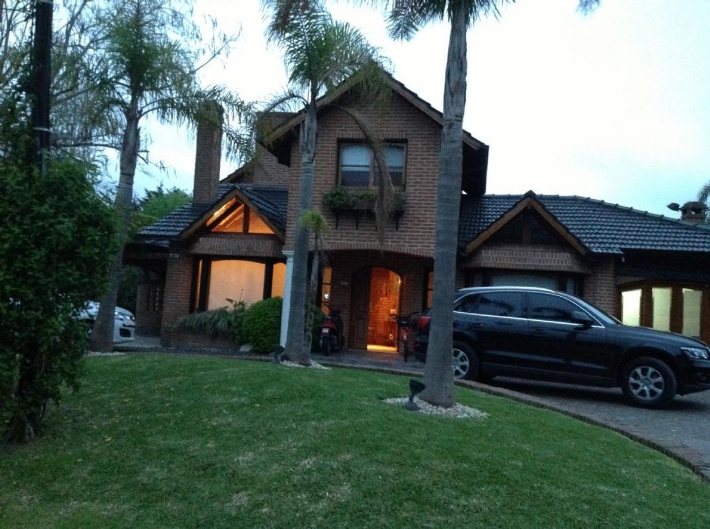 Casa  en Alquiler ubicado en C.C. Banco Provincia, Zona Oeste - OES0556_LP85776_1