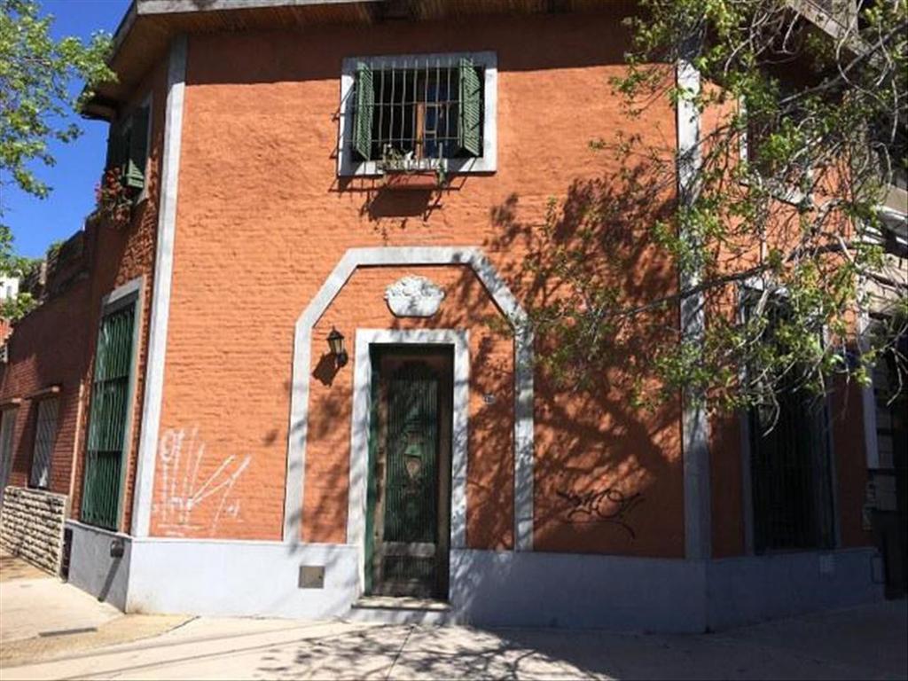 Casa en Venta de 3 ambientes en Capital Federal, Villa Urquiza