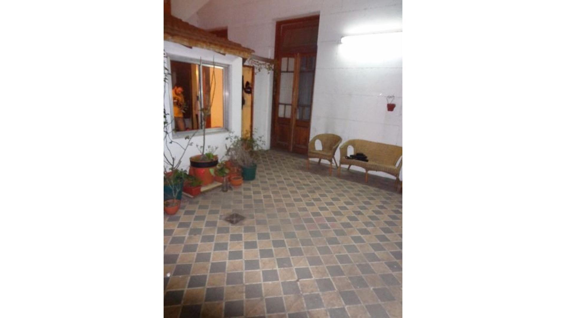 PH 4 ambientes contrafrente patio y terraza
