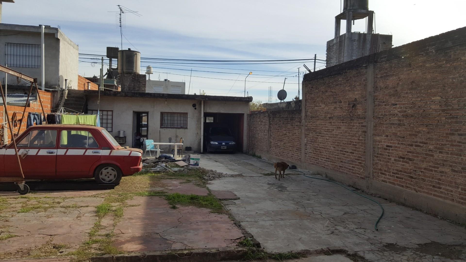 Casa en Venta en Isidro Casanova - 3 ambientes