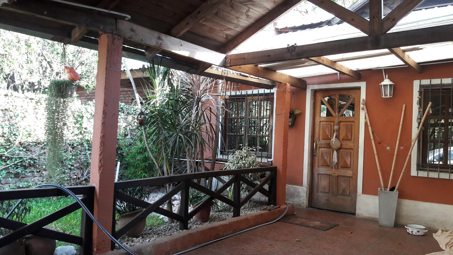 Casa en Venta en Longchamps - 3 ambientes