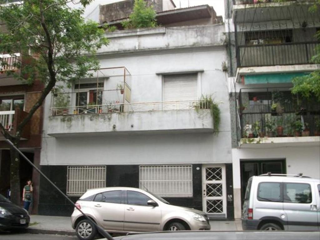 Departamento tipo casa en Venta de 6 ambientes en Capital Federal, Caballito