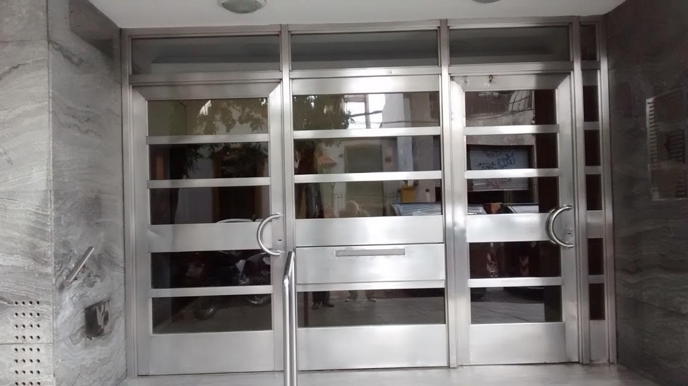 DUEÑO ALQUILA DEPTO, 3 AMB, 46 m2 LUMINOSO , COLEGIALES EXCELENTE ZONA