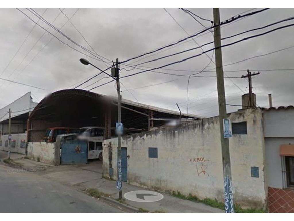Vendo Galpon en calle Ituzaingo al 900