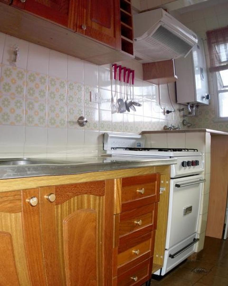 Warnes 1600 Departamento 2 amb con balcon prox. a estacion y Avenida