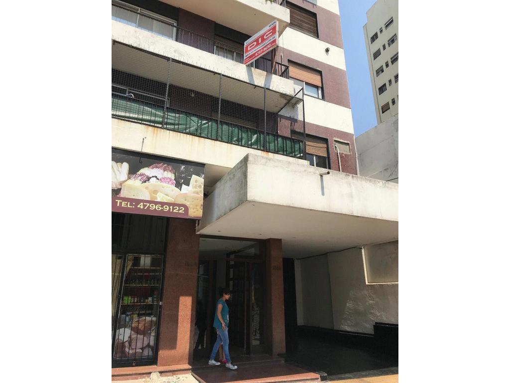 Olivos Av Maipu al 1800 2 ambientes con Balcon $ 7.500