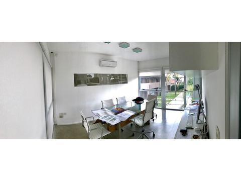 Excelente oficina luminosa moderna