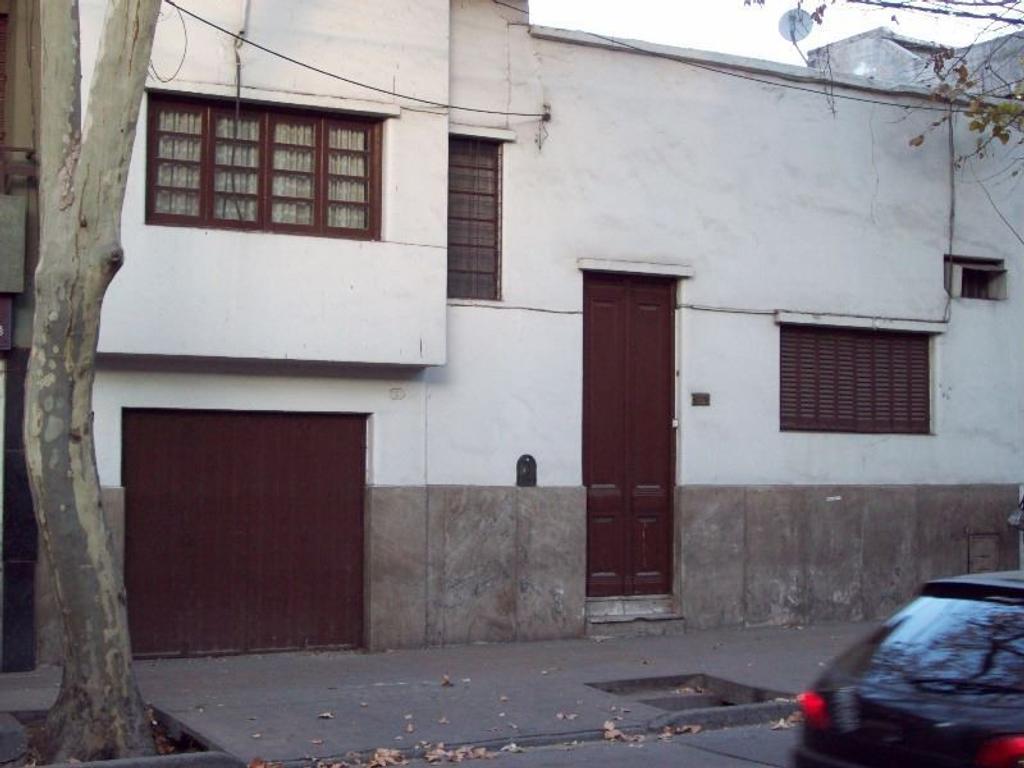 VENTA DE CASA CALLE GARIBALDI, CIUDAD