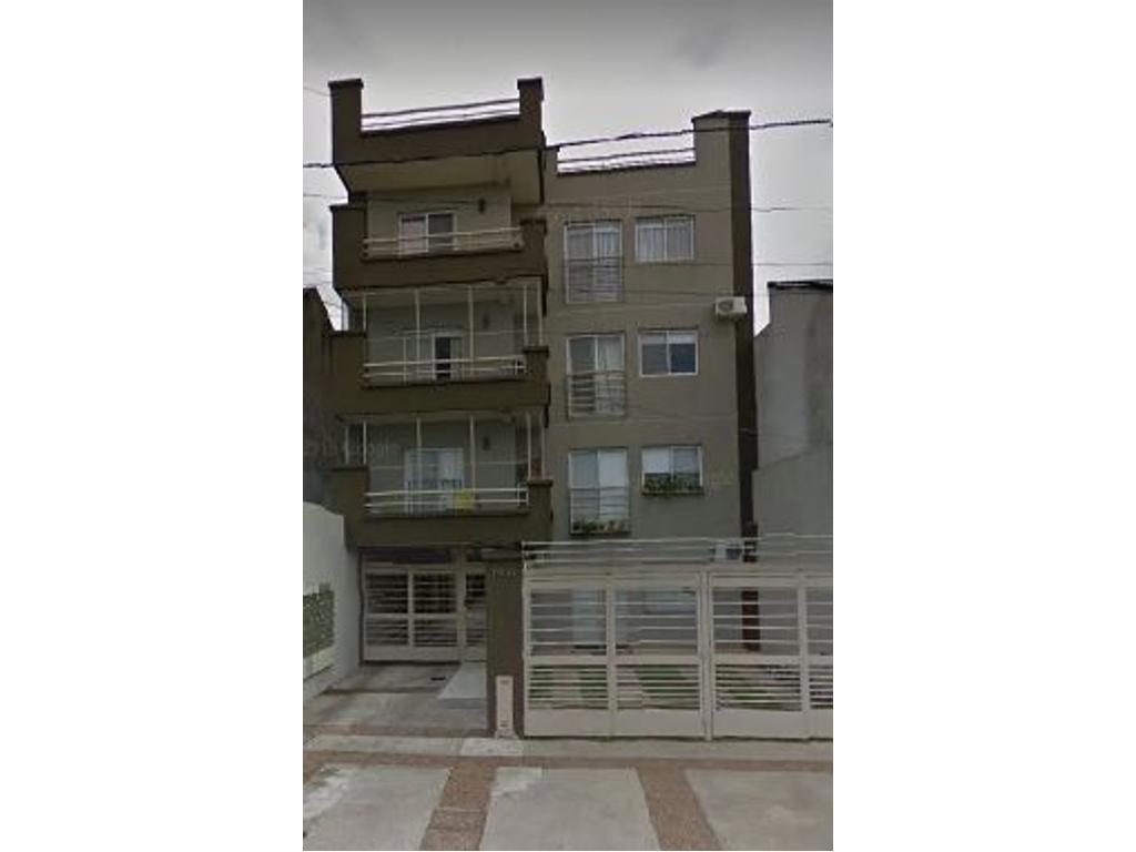 Departamento en venta en lambare 1401 villa sarmiento for Muebles de oficina sarmiento 1400