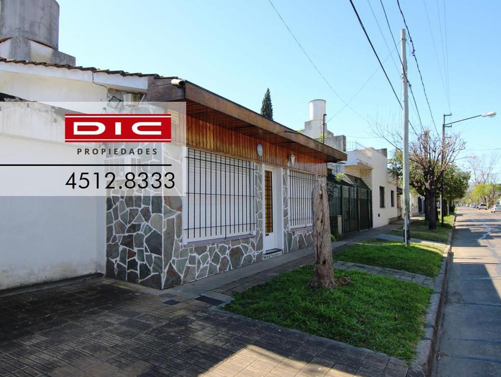 Casa - 3 Ambientes - Villa Adelina